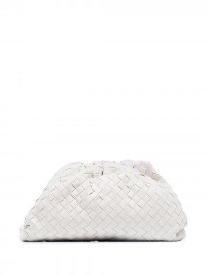 Клатч с плетением Intrecciato Bottega Veneta. Цвет: белый