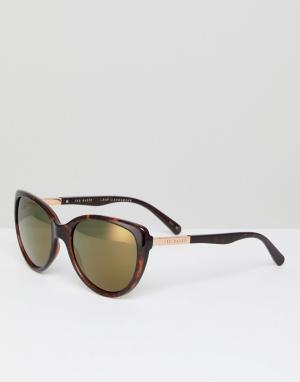 Солнцезащитные очки кошачий глаз в черепаховой оправе TB1446 Ted Baker. Цвет: коричневый