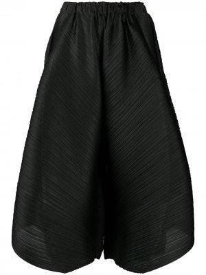 Плиссированные шорты широкого кроя Pleats Please Issey Miyake. Цвет: черный
