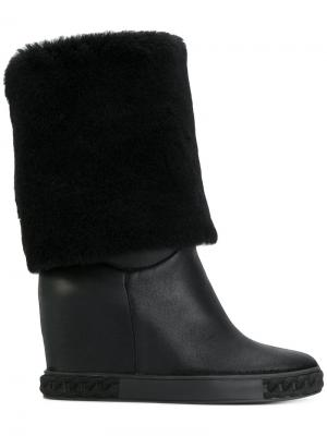 Ботинки Chaucer с отделкой под овчину Casadei. Цвет: черный