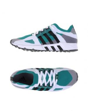 Низкие кеды и кроссовки ADIDAS ORIGINALS. Цвет: зеленый