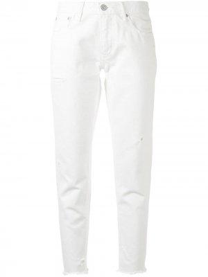 Зауженные джинсы Kelly Moussy Vintage. Цвет: белый