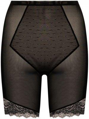 Корректирующие шорты Spotlight on Lace Spanx. Цвет: черный
