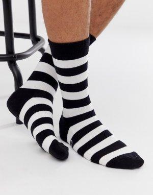 Носки в черно-белую полоску AAPE By A Bathing Ape. Цвет: черный