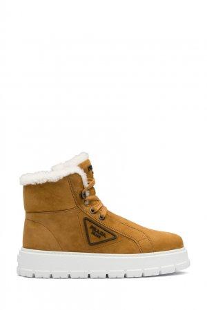 Коричневые кожаные ботинки с мехом Prada. Цвет: коричневый