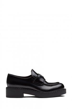 Черные кожаные лоферы Prada. Цвет: черный