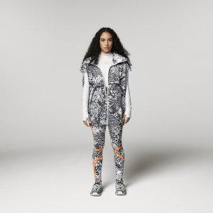 Жилет для бега TRUEPACE by Stella McCartney adidas. Цвет: черный