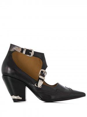 Туфли-лодочки с заостренным носком Toga Pulla. Цвет: черный