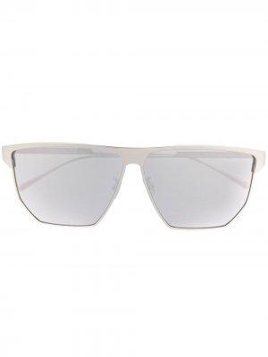 Солнцезащитные очки BV1069S в квадратной оправе Bottega Veneta Eyewear. Цвет: серебристый