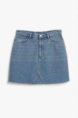 Короткая джинсовая юбка Monki. Цвет: синий