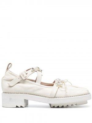 Туфли дерби с кристаллами и искусственным жемчугом Simone Rocha. Цвет: нейтральные цвета