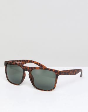 Квадратные солнцезащитные очки в черепаховой оправе Jack & Jones. Цвет: коричневый