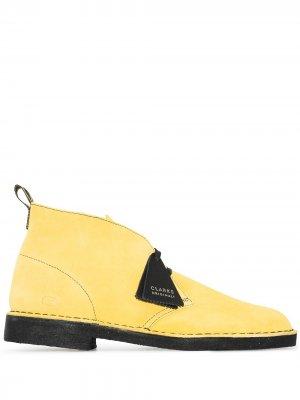 Ботинки дезерты Jamaica Clarks Originals. Цвет: желтый
