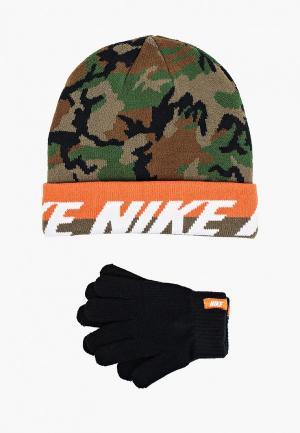 Комплект Nike шапка и перчатки. Цвет: разноцветный