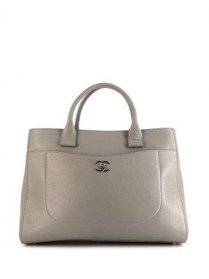 Большая сумка-шопер Neo Executive Chanel Pre-Owned. Цвет: серый