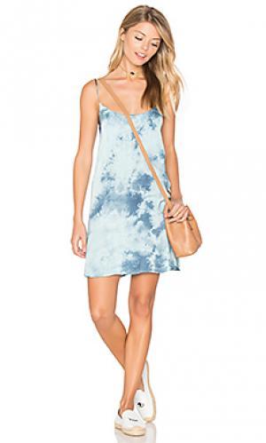 Платье-комбинация christy Blue Life. Цвет: синий