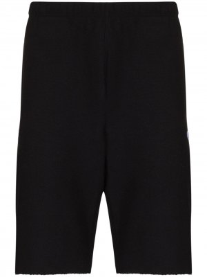 Raw hem track shorts Champion. Цвет: черный