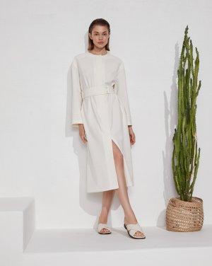 Платье с отлетной кокеткой 12STOREEZ. Цвет: молочный