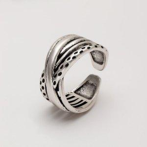 Мужское кольцо с крестом SHEIN. Цвет: серебряные