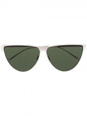 Солнцезащитные очки в оправе кошачий глаз Bottega Veneta Eyewear. Цвет: серебристый