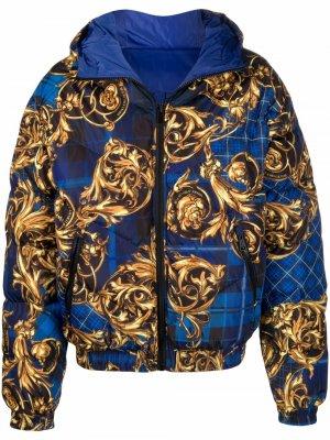 Куртка с принтом Versace Jeans Couture. Цвет: синий