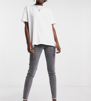 Серые выбеленные зауженные джинсы с необработанным нижним краем штанин Inspired 90-Черный цвет Reclaimed Vintage