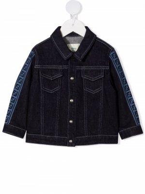 Джинсовая куртка с логотипом FF Fendi Kids. Цвет: синий