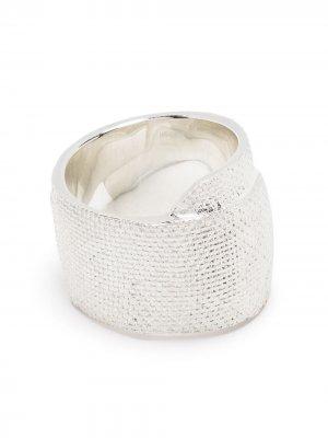 Фактурное кольцо AMBUSH. Цвет: серебристый