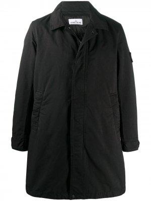 Куртка с воротником Stone Island. Цвет: черный