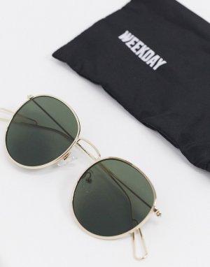 Круглые солнцезащитные очки с зелеными стеклами -Золотой Weekday