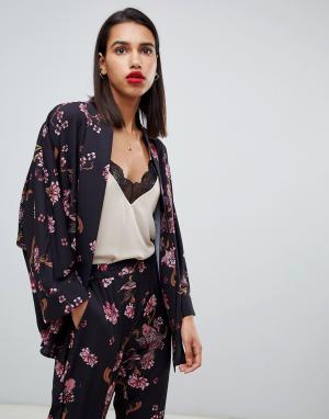 Блузка от комплекта с принтом Sofie Schnoor. Цвет: розовый