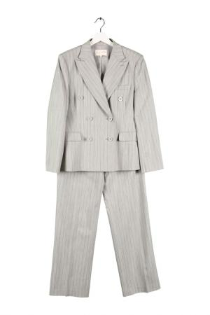 Костюм: пиджак, брюки Expression. Цвет: светло-серый