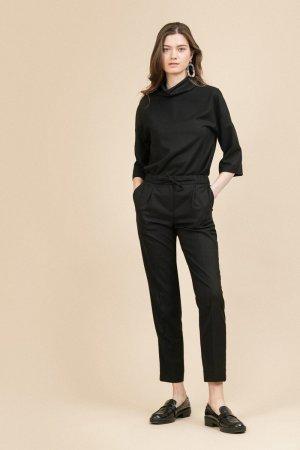 Зауженные брюки EMKA