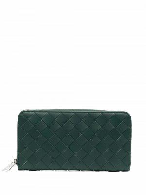 Кошелек с плетением Intrecciato Bottega Veneta. Цвет: зеленый