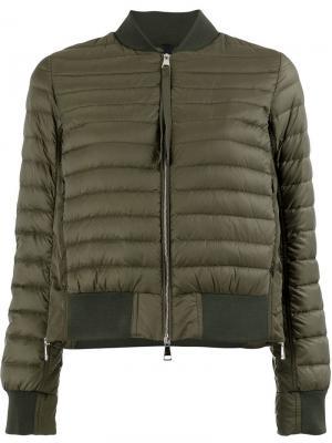 Дутая куртка-бомбер Moncler. Цвет: зеленый