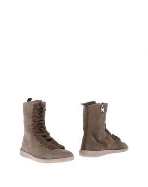Полусапоги и высокие ботинки DUDE. Цвет: коричневый