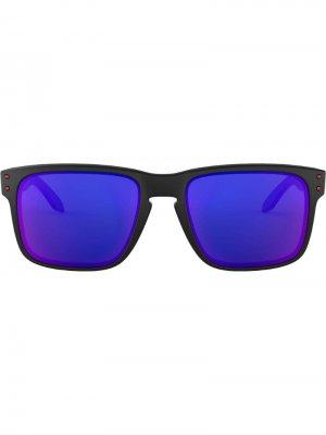 Солнцезащитные очки Holbrook в квадратной оправе Oakley. Цвет: черный