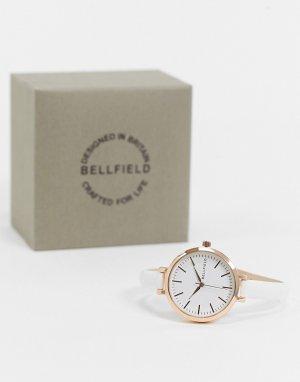 Часы на узком белом ремешке и циферблатом цвета розового золота -Белый Bellfield