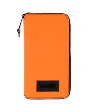 Чехол для документов MOSCHINO. Цвет: оранжевый