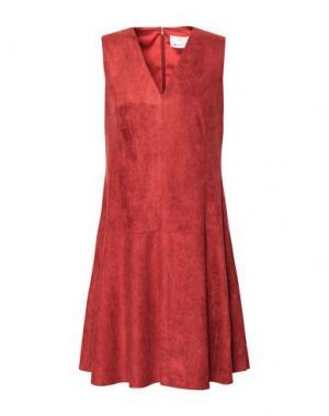 Короткое платье GEORGE J. LOVE. Цвет: ржаво-коричневый
