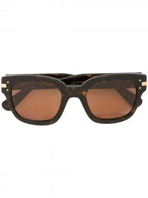 Солнцезащитные очки черепаховой расцветки AMIRI. Цвет: коричневый