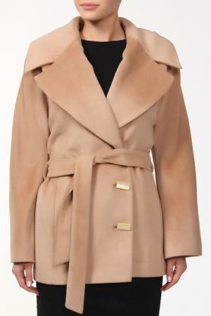 Куртка Сара Веталика. Цвет: бежевый