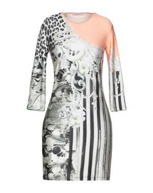 Короткое платье EMMA COOK. Цвет: абрикосовый