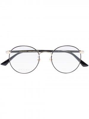 Очки в овальной оправе Gucci Eyewear. Цвет: черный