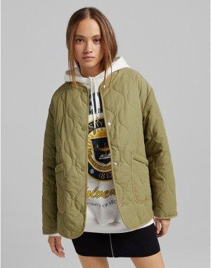 Стеганая куртка хаки -Зеленый цвет Bershka