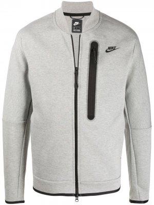 Толстовка на молнии с логотипом Nike. Цвет: серый