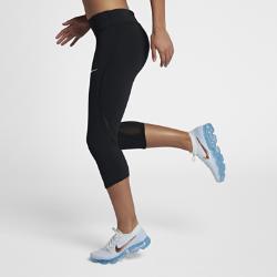 Женские беговые капри Epic Lux Nike. Цвет: черный