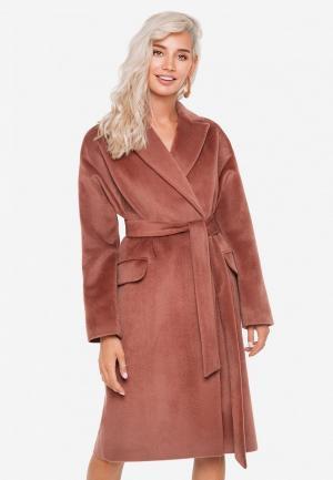Пальто SoloU. Цвет: коричневый