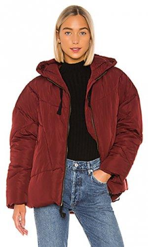 Дутая куртка hailey Free People. Цвет: вишня