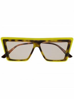Солнцезащитные очки в массивной оправе Christian Roth. Цвет: зеленый